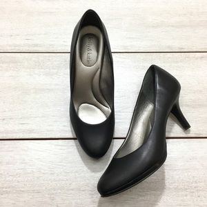 Kelly & Katie Black High Heels